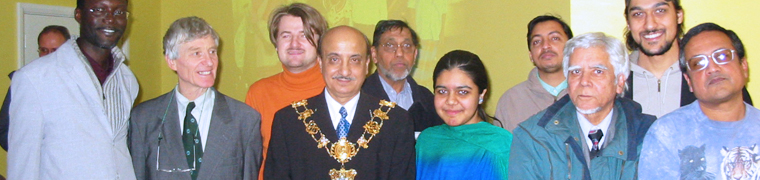 Pic showing group photo taken at the Multi Faith Celebration event